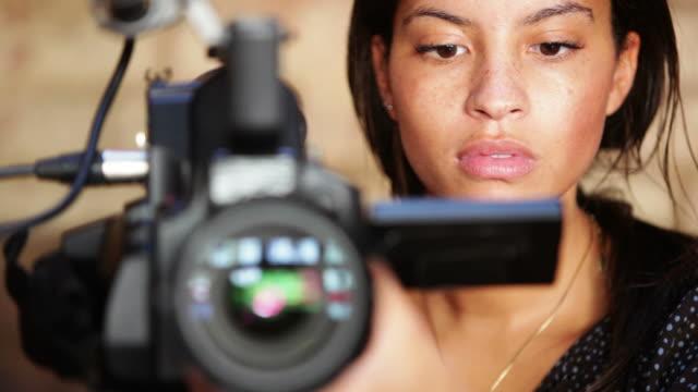 Medien: Kamera-Frau
