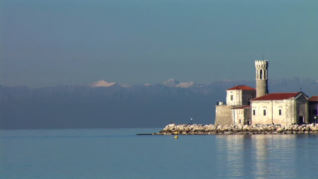 HD: Mediterranean town