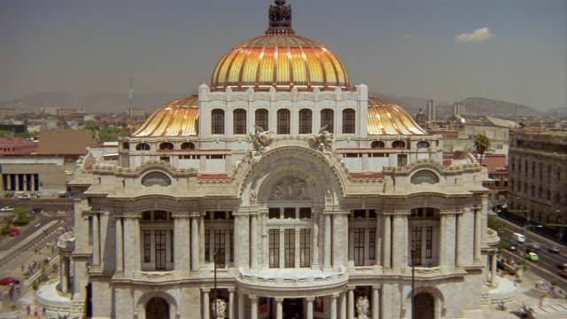 Medium shot facade of Palacio de Bellas Artes / Mexico City