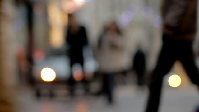 Mittlere Aufnahme von pedestrians'Beine