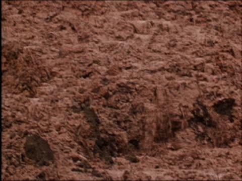 1986 medium shot pan mud slide / AUDIO