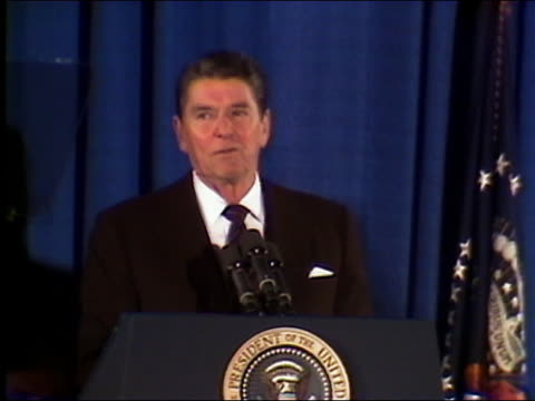 1985 medium shot Reagan talking about Star Wars defense program 'The force is with us' / DC / AUDIO