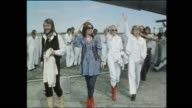 Melbourne Tullamarine Airport plane landing / Fans waiting for the group ABBA to arrive / ABBA Benny Andersson AnniFrid Lyngstad Agnetha Faltskog...