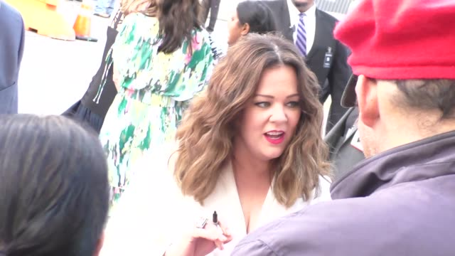 Melissa McCarthy greets fans at The Boss Premiere at Regency Village Theatre in Westwood Celebrity Sightings on March 28 2016 in Los Angeles...