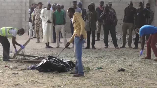 A member of a vigilance committee was killed Wednesday trying to stop two suicide bombers entering a mosque in the key northeast Nigerian city of...