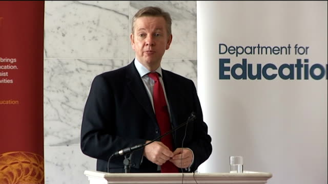 Michael Gove speech to the Royal Society ENGLAND London Royal Society PHOTOGRAPHY ** Michael Gove MP speaking with woman as drinks cup of tea / Gove...