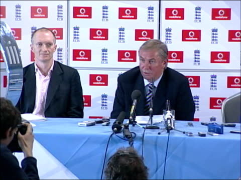 Michael Vaughan is confirmed as captain for 2007 World Cup ENGLAND London The Oval INT David Graveney press conference SOT the England squad to...