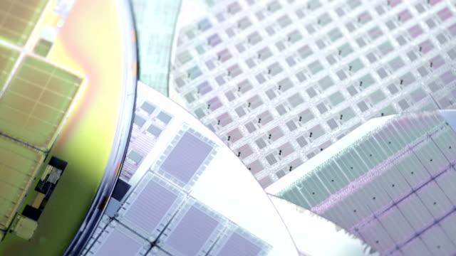 Microchips fabrication
