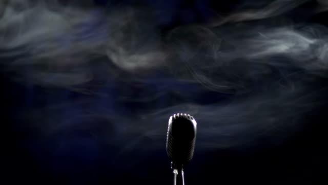 Microphone and smoke