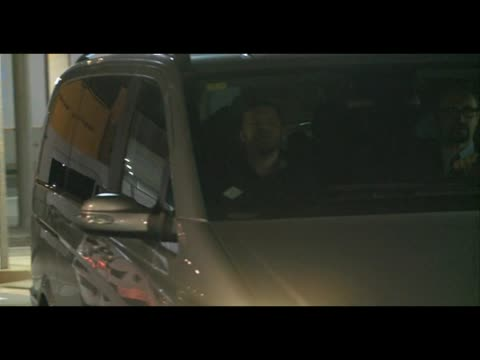 Miley Cyrus and her family leave barcelona after the concert