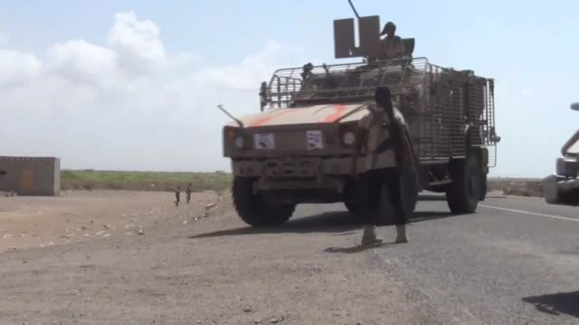 Militia of Yemeni President Abedrabbo Mansour Hadi supported by Saudiled coalition are seen as they took control the Aden highway which heads to...
