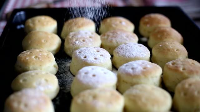 Mini pane zucchero a velo