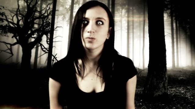 mini horor with vampire girl