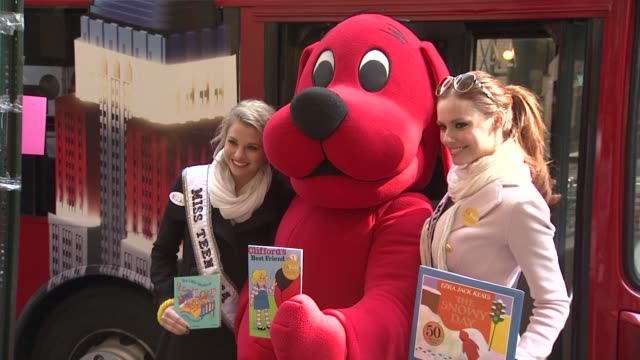 Miss Teen USA Danielle Doty Clifford the Big Red Dog and Miss USA Alyssa Campanella at 2012 World Read Aloud Day Celebration on 3/7/2012 in New York...
