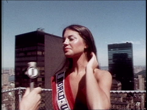 Miss USA World 1976 Kimberly Foley Poses for Camera on December 01 1976 in New York