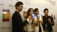 Mockups of Samsung Electronics Co Galaxy Note 3 smartphones are displayed at the company's flagship store in Seoul South Korea on Wednesday Sept 25...