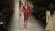 Models walk the runway at Etro Runway Milan Fashion Week Womenswear Spring/Summer 2014 Etro Runway Milan Fashion Week Womenswear Spring/Summer 2014...
