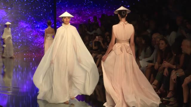 Models walk the runway at the Ozgur Masur show during the MercedesBenz Istanbul Fashion Week at Zorlu Center on September 12 2017 in Istanbul Turkey