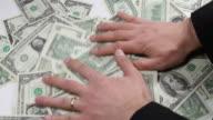 Mani e denaro