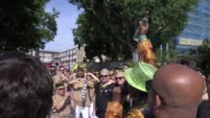 More than a hundred arrests have been made during the first day of Notting Hill Carnival as hundreds of thousands of revellers begin a final day of...
