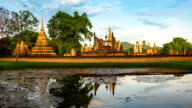 ZO TL WS morning time of Sukhothai Historical Park, Mahathat temple reflecting in water
