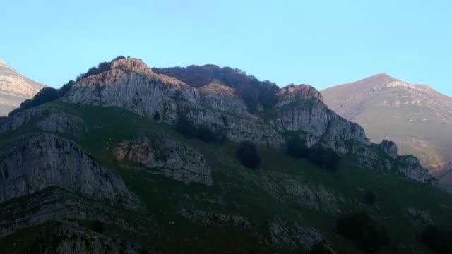 Mount Porracolina, Alto Miera, Miera Valley, Valles Pasiegos, Cantabria, Spain, Europe