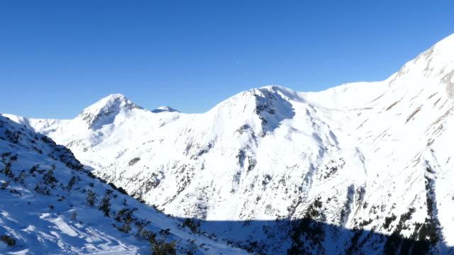 4K Mountain range landscape