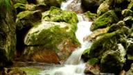 Mountain Stream waterval (wazig water)