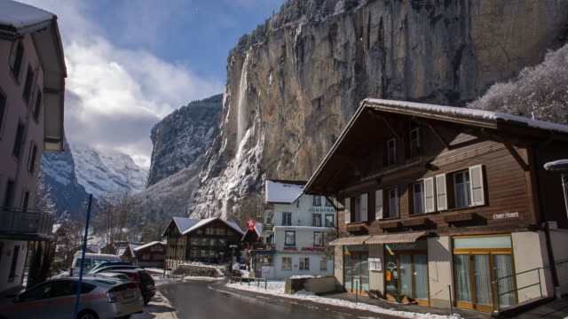 Mountains and waterfalls in Lauterbrunnen