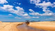 Bewegte Wolken Zeitraffer über dem Meer