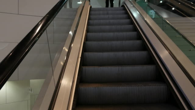 4K moving escalator up