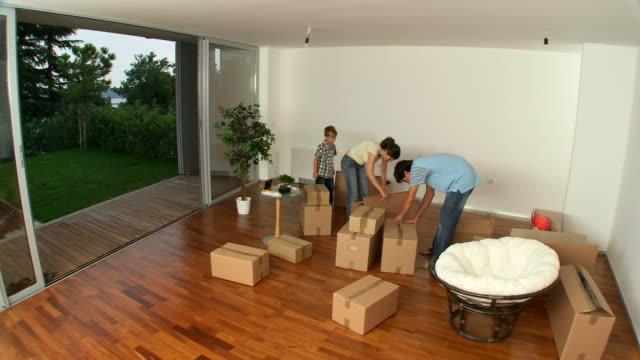 TIME LAPSE IN HD: Muoversi nella nuova casa