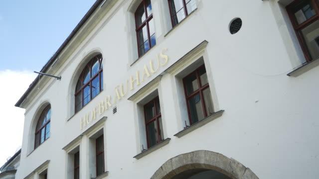 Munich Hofbraeuhaus (Hofbrauhaus) Facade (4K/UHD to HD).