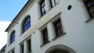 PAN Munich Hofbraeuhaus (Hofbrauhaus) Facade (4K/UHD to HD).