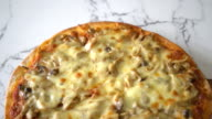 mushroom pizza with miso sauce