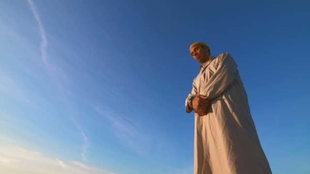 HD: Muslim Prayer In Ruku Position