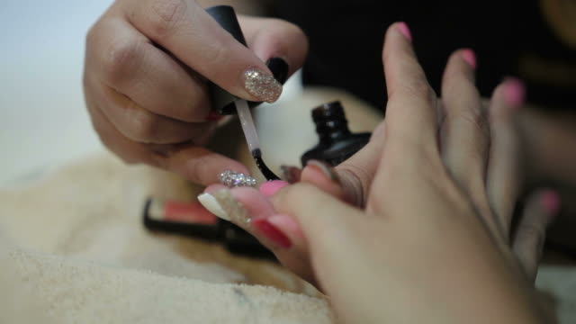 nail painting spa