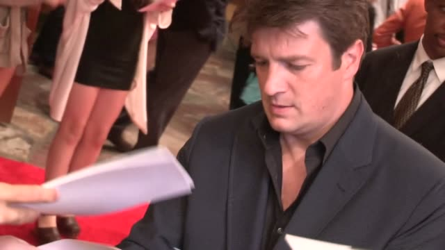 Nathan Fillion greets fans at 'The Amazing Spiderman' Premiere in Los Angeles 06/28/12