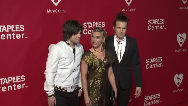 Neil Perry Kimberly Perry and Reid Perry of The Band Perry at the 2016 MusiCares Person of The Year Honoring Lionel Richie at Los Angeles Convention...