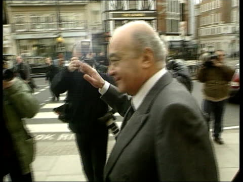 Neli Hamilton libel action against Mohammad Al Fayed ITN London High Court PHOTOGRAPHY*** Harrod owner Mohammed Al Fayed others towards thru press...