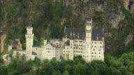 HA PAN Neuschwanstein Castle against cliff, Neuschwanstein, Bavaria, Germany