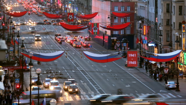 T/L HA Nevsky Prospect traffic day to night transition