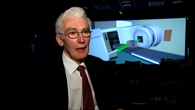 New method of teaching radiography uses virtual technology Hull Professor Roger Phillips interview SOT Radiography student standing in front of VRG...
