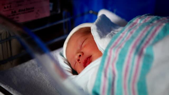 Neugeborene Baby