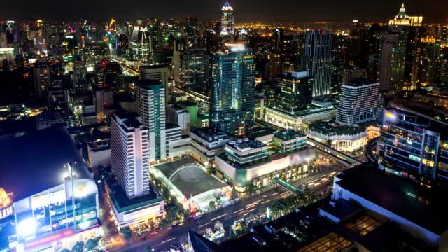 Nacht Stadt, Zeitraffer und wirksam Zoom.