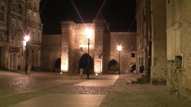 WS Night street scene in Torun / Torun, Kujawy-Pomerania Province, Poland