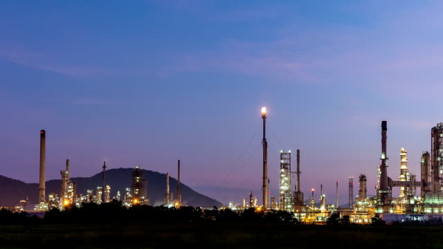 Night to day oil refinery, Time lapse