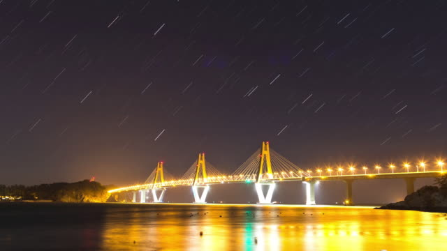 Night view of Geogadaegyo Bridge and star trails