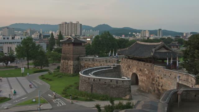 MS T/L Night view of Suwon Hwaseomun and Seobukgongsimdon (UNESCO Heritage) / Suwon, Kyonggi-Do Province, South Korea
