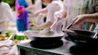 Noodle stir fire (Pad Thai)